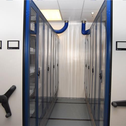 Mechanical Assist Mobile Shelving with Clear Doors for Pharma Compound Chemical Storage