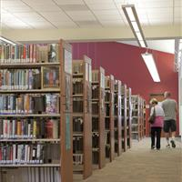Cantilever Library Shelves at Uintah County Public Library
