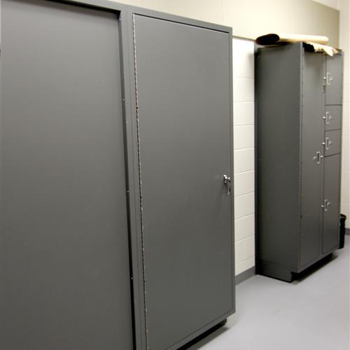 Secure evidence locker retrieval in evidence storage room