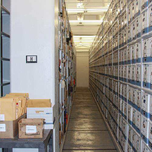 Filing system on high-density static shelving