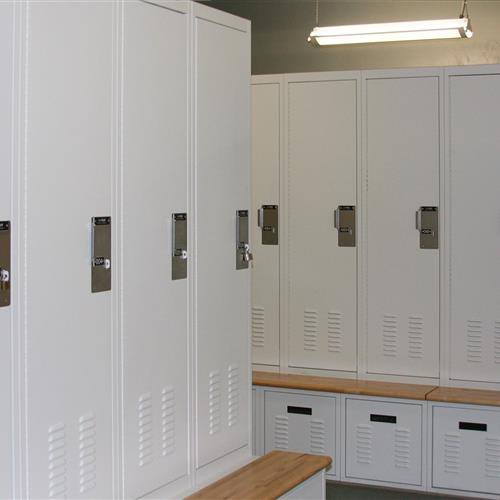 FreeSTYLE locker system in Omaha Police Department