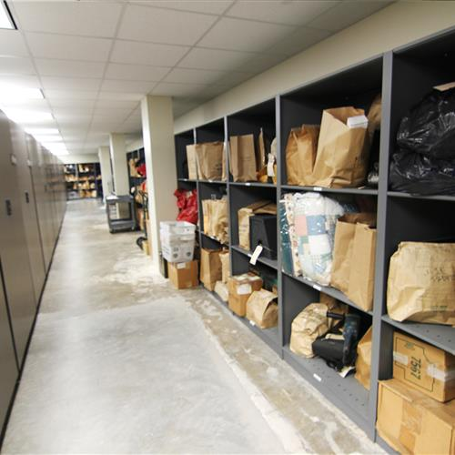 Bulk evidence storage on static shelving