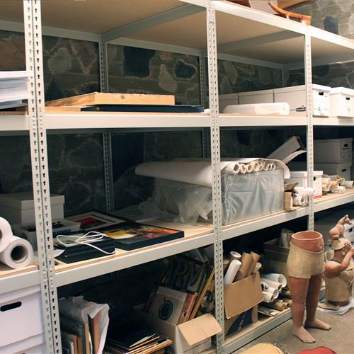 Supplies on static wide span shelving