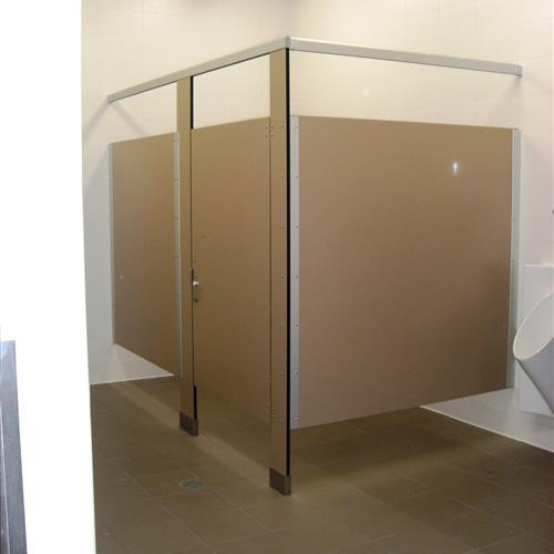 Lyon Lockers Bathroom Stall