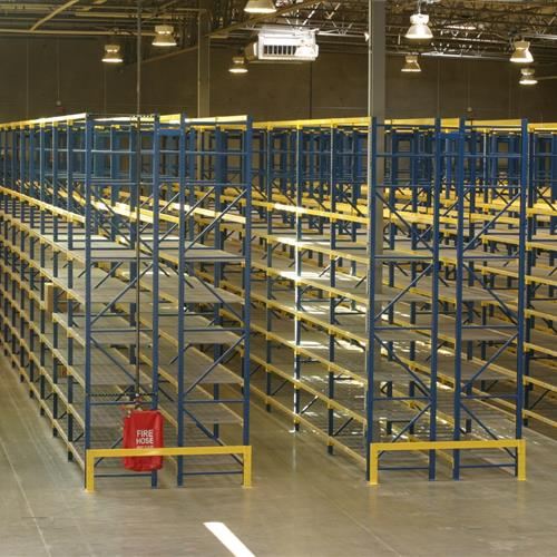 Roll Form Pallet Rack Rows of Shelving