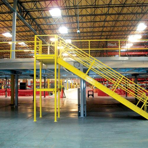 Industrial Mezzanine 1 level with 1 Staircase