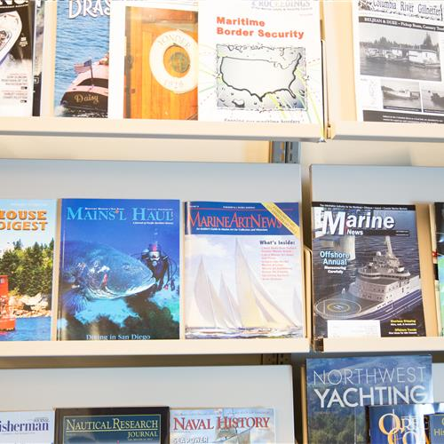 cantilever shelving magazine and book display.jpg