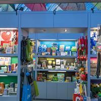 Organized mobile kiosk