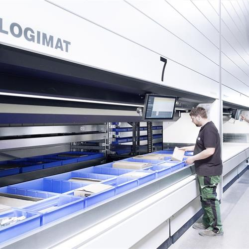 vertical-storage-lift-logimat