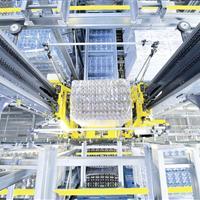 warehouse-machine-schaefer-lift-run-in-combination-with-channel-storage-system-schaefer-orbiter