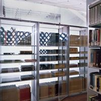 Book storage on Static sheving