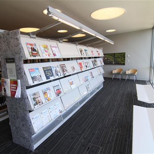 Cantilever Shelving for Magazines