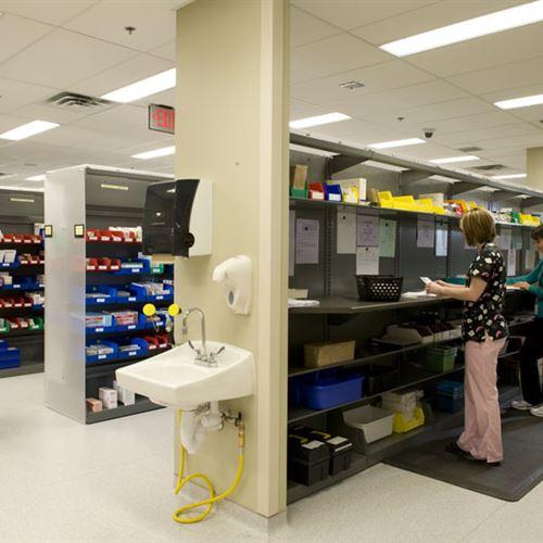 Pharmacy Storage utilizing FrameWRX shelving and bin storage