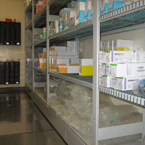 Sterile Wire Shelving for Hospital Operating Room