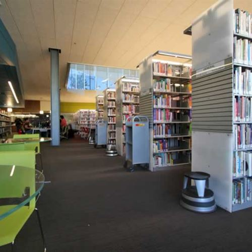 Cantilever Library Storage at Gateway Community College