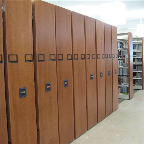 Library book storage on Compact at Snow College