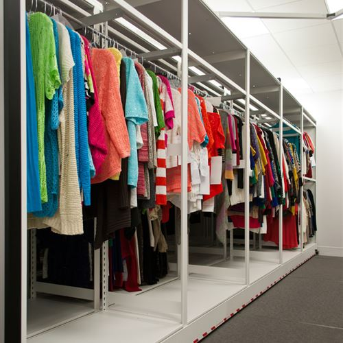 Hanging Garments using 4-Post and Compact Mobile