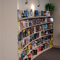 Cantilever Library Shelving Showcase Display