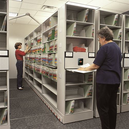 Omaha Federal Courthouse using Eclipse Mobile Shelving for Records Storage