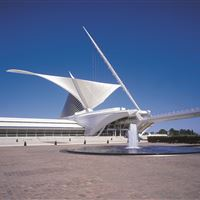 Exterior View of the Milwaukee Art Museum